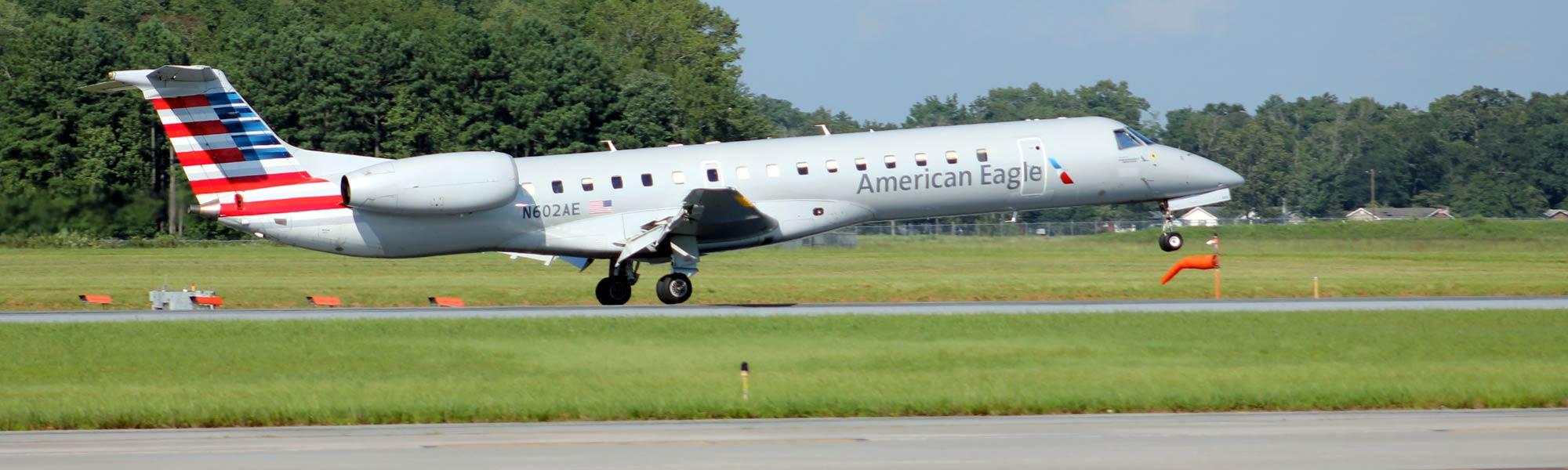 An American Airlines American Eagle plane taking off from Salisbury Regional Airport