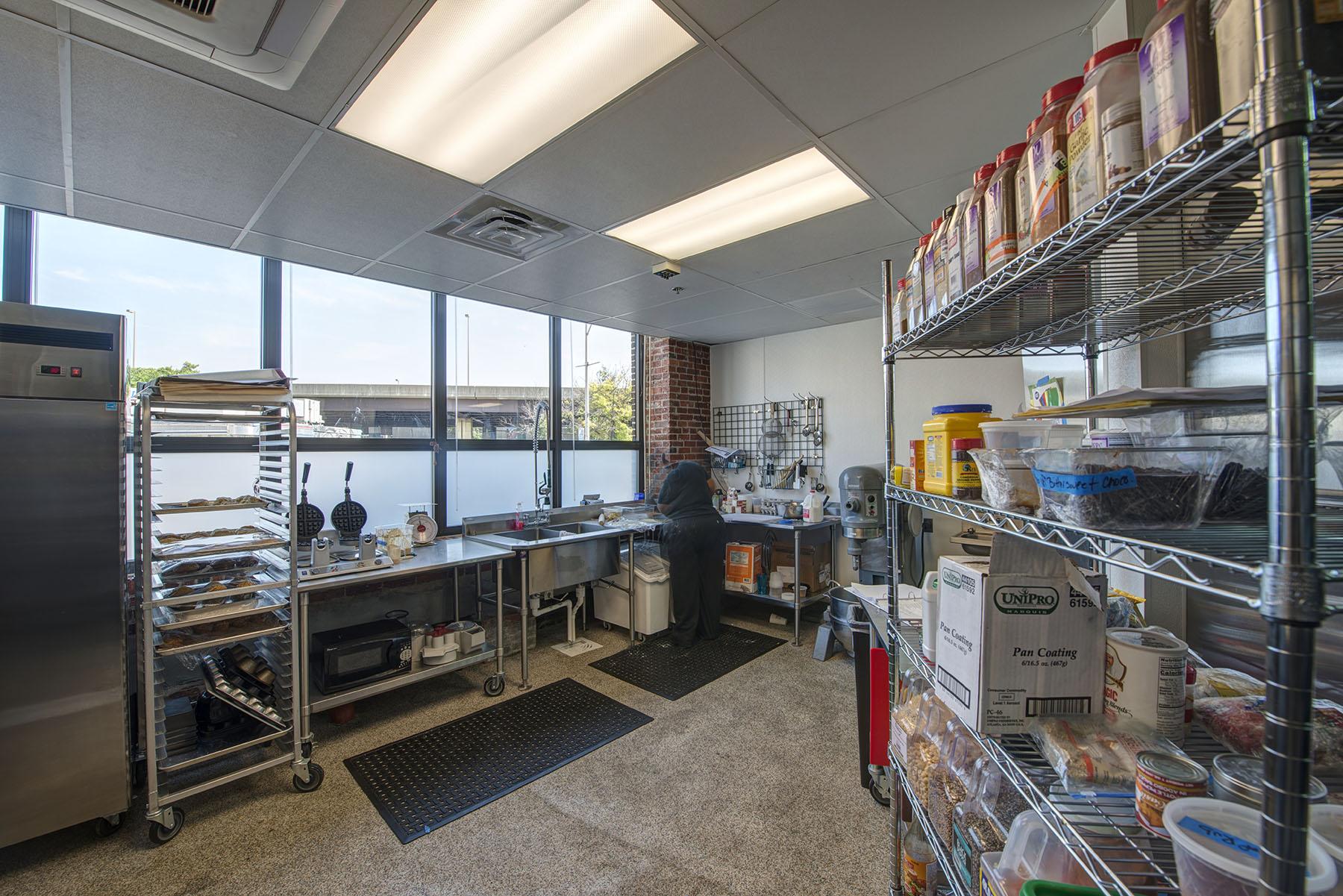 gallery-2162-kitchen2.jpg