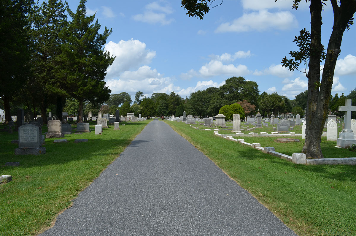 Discover history during a walking tour at Parsons Cemetery