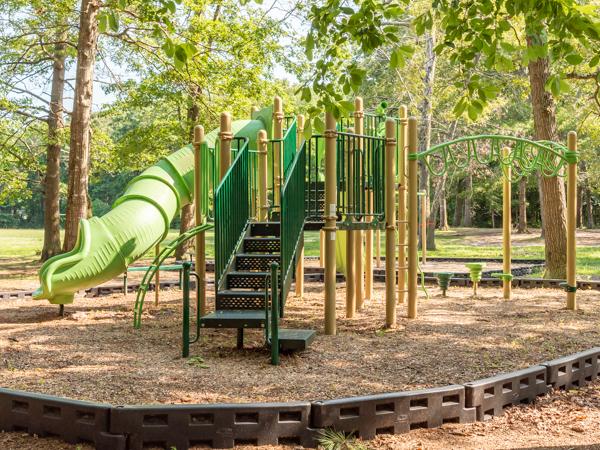 Cedarhurst Playground