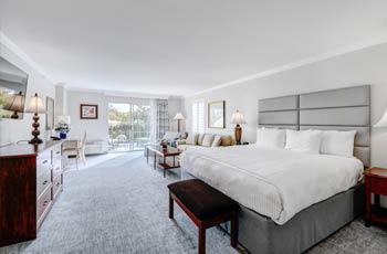 King Studio Hotel Accommodations
