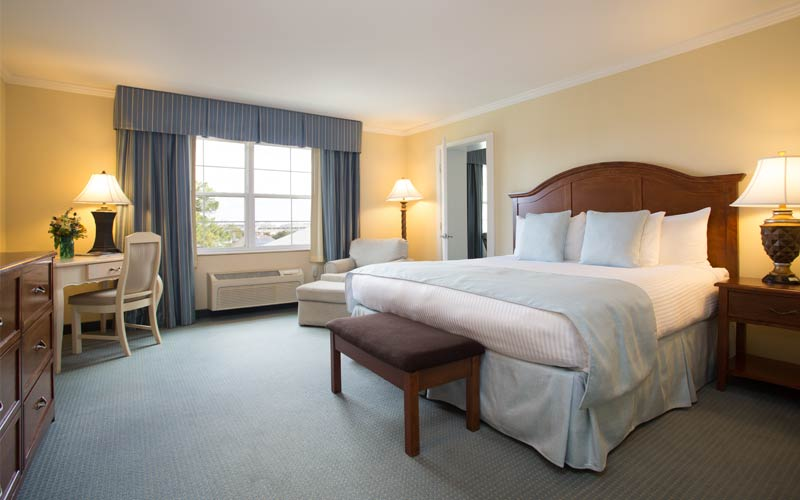 Premier Two-Room King Suite