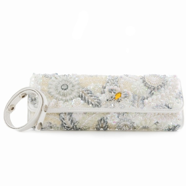 The IT bridal clutch