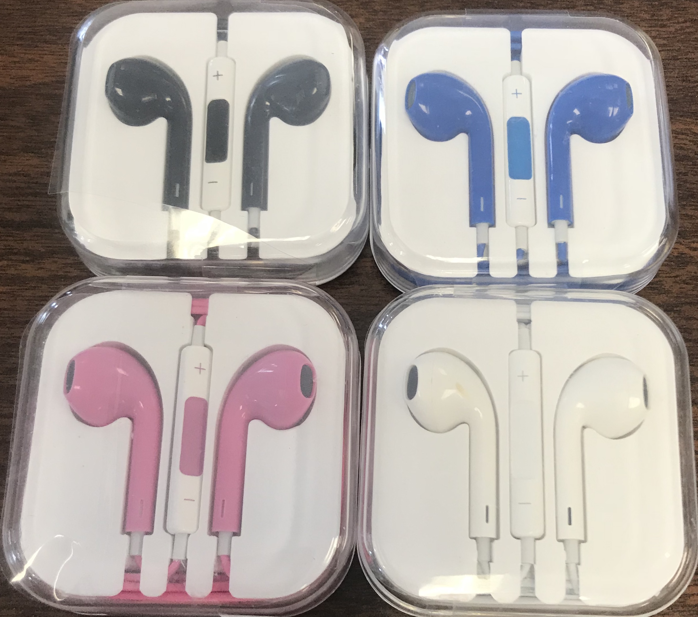 Earpods with Plastic Case
