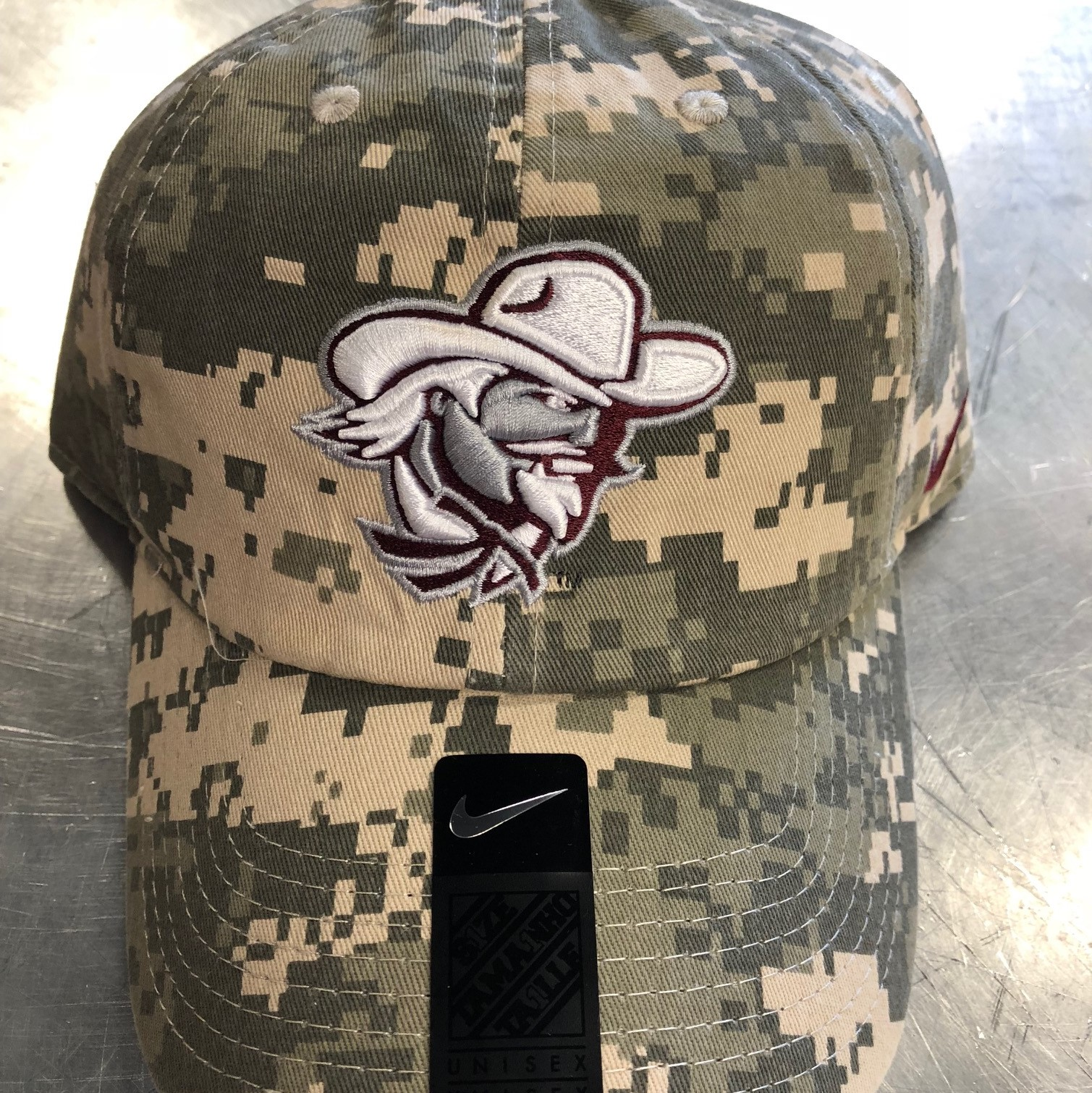 NIKE DIGITAL CAMO CAP
