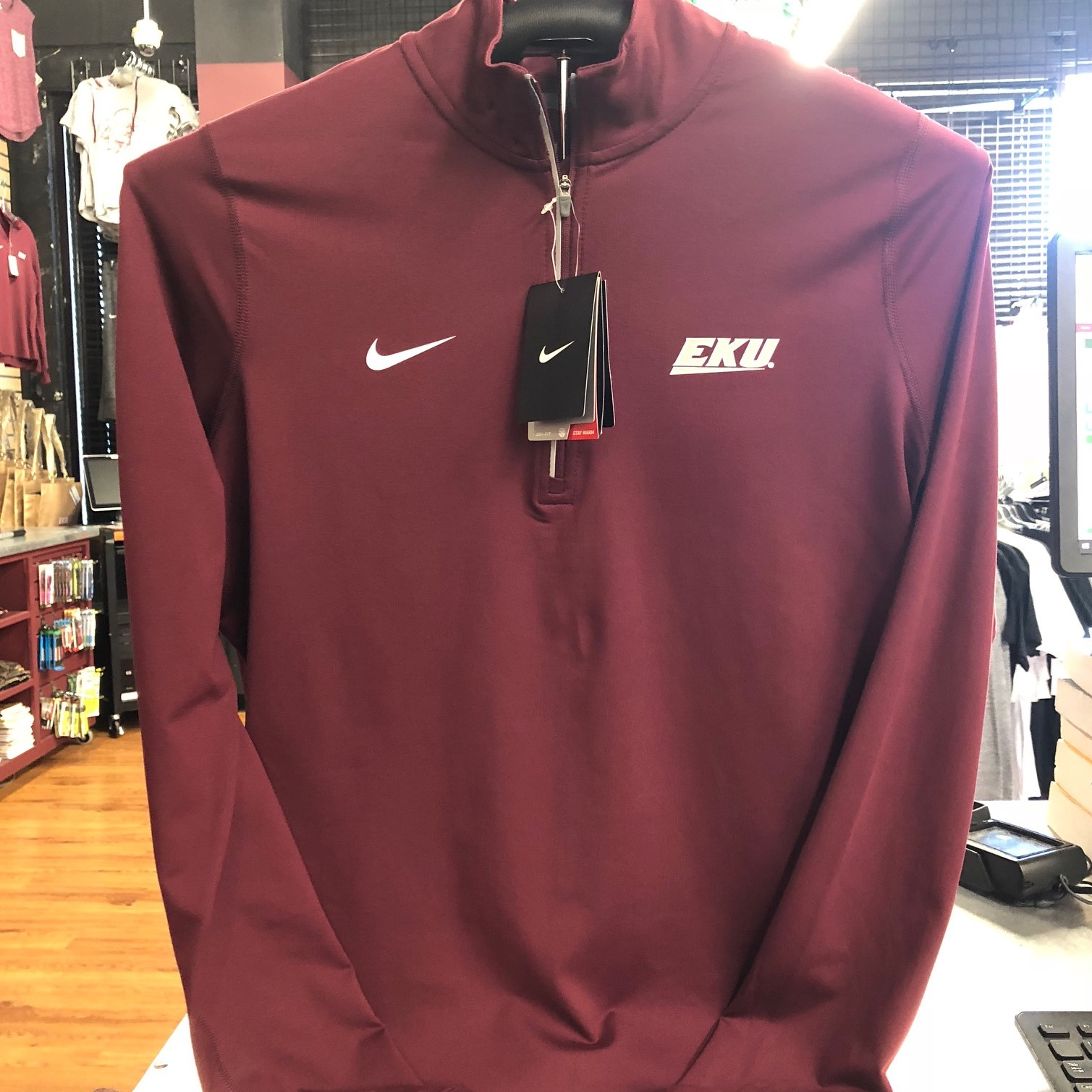 CLEARANCE Nike Pullover