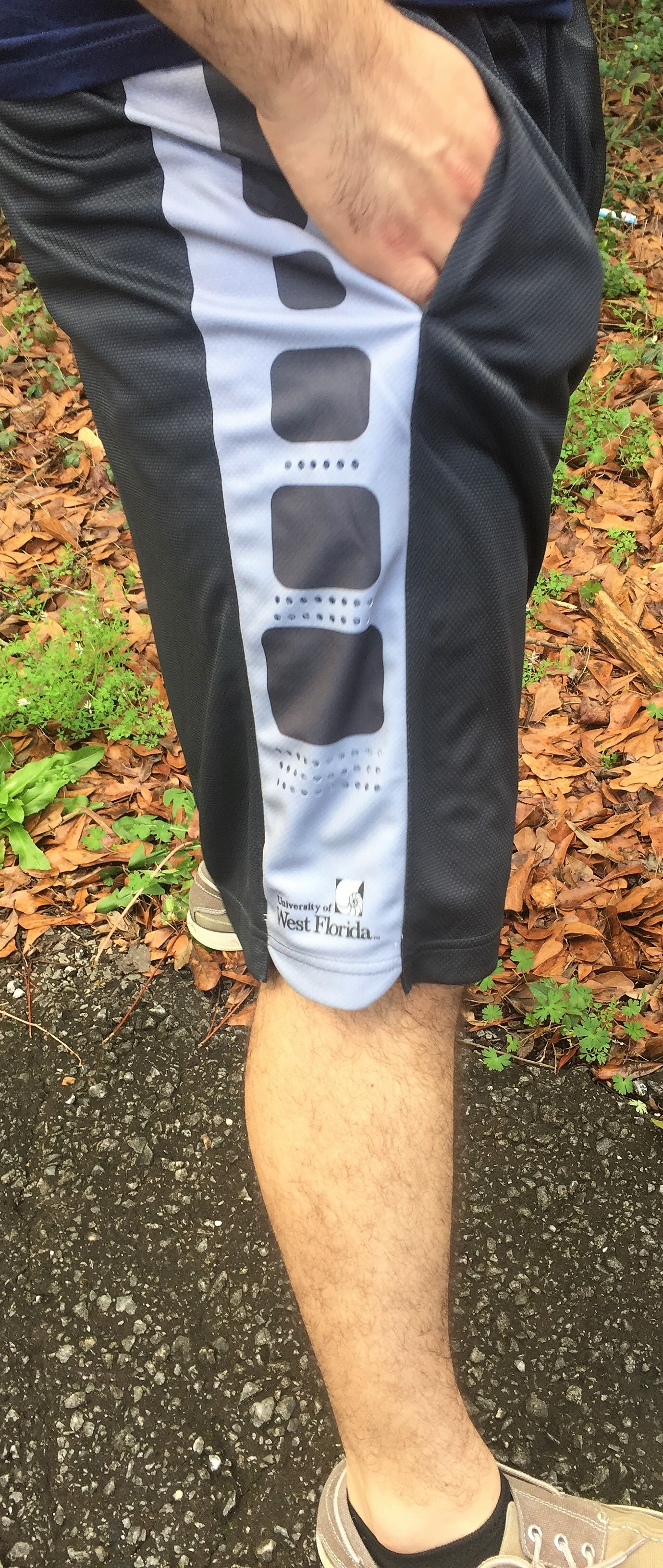 UWF MEN'S HOLOGRAM SHORTS