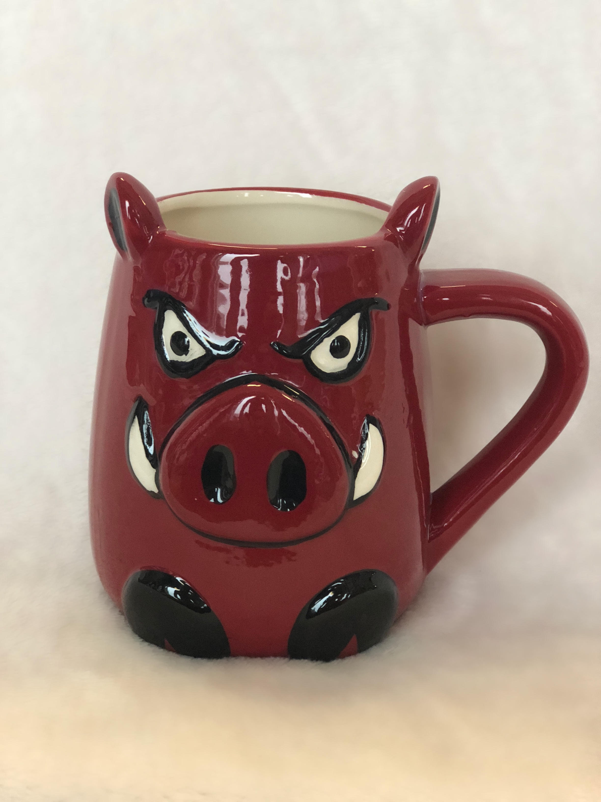 U-AR MUG CERAMIC MOLDED HOG