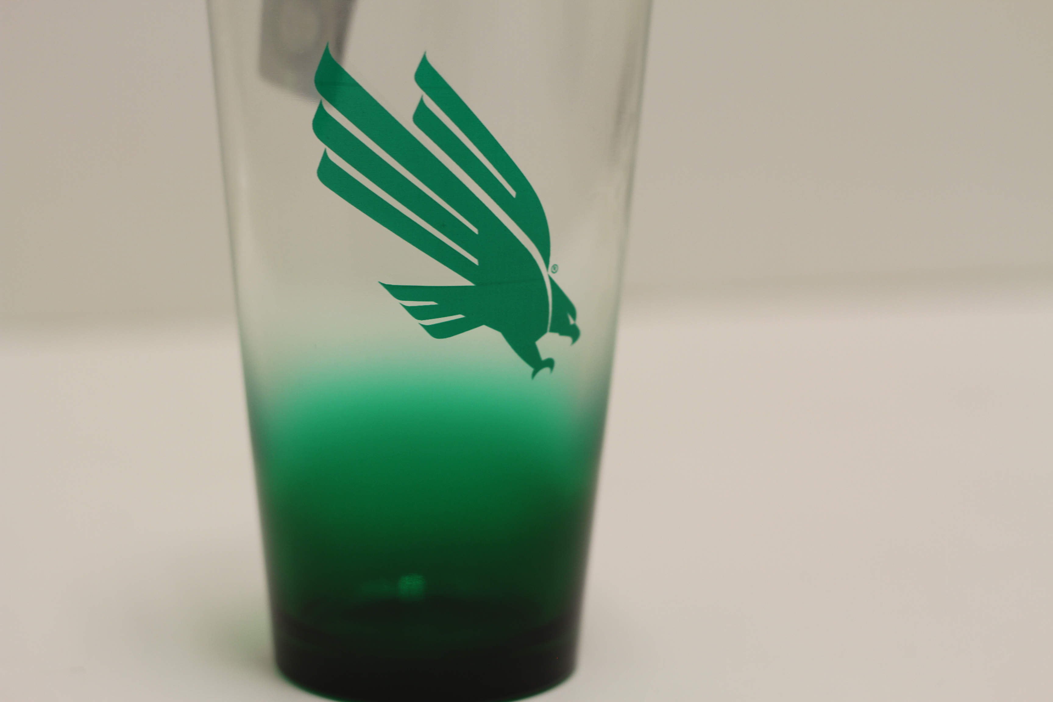 MIXING OMBRE GLASS