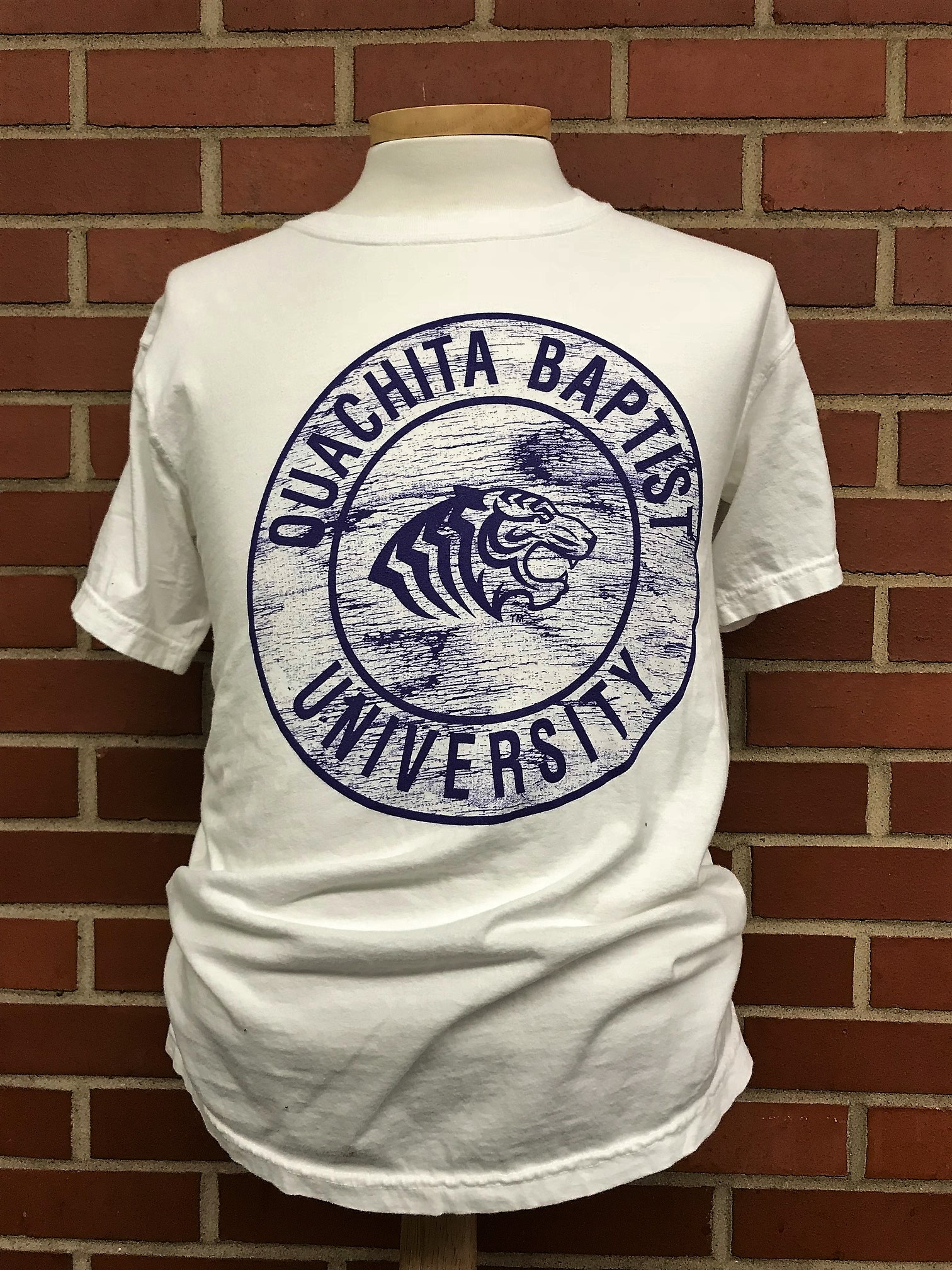 OUACHITA BAPTIST UNIVERSITY WEATHERED CIRCLE TEE