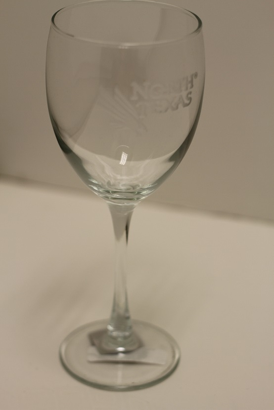 UNT TALL STEM WINE GLASS