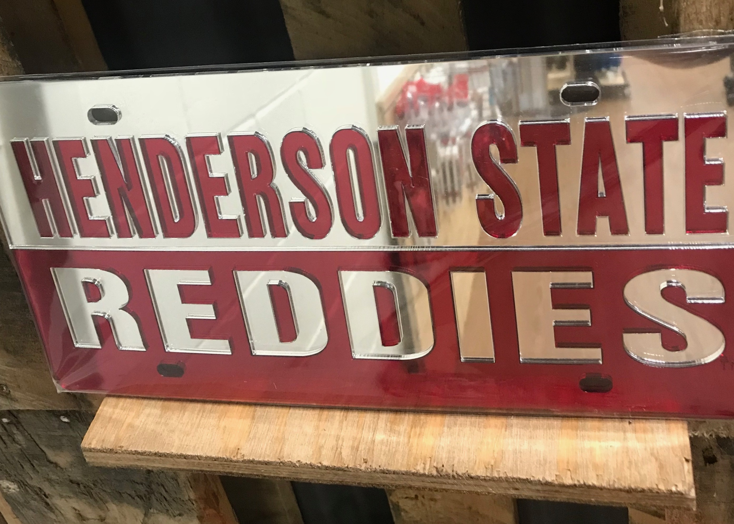HENDERSON STATE REDDIES LICENSE PLATE