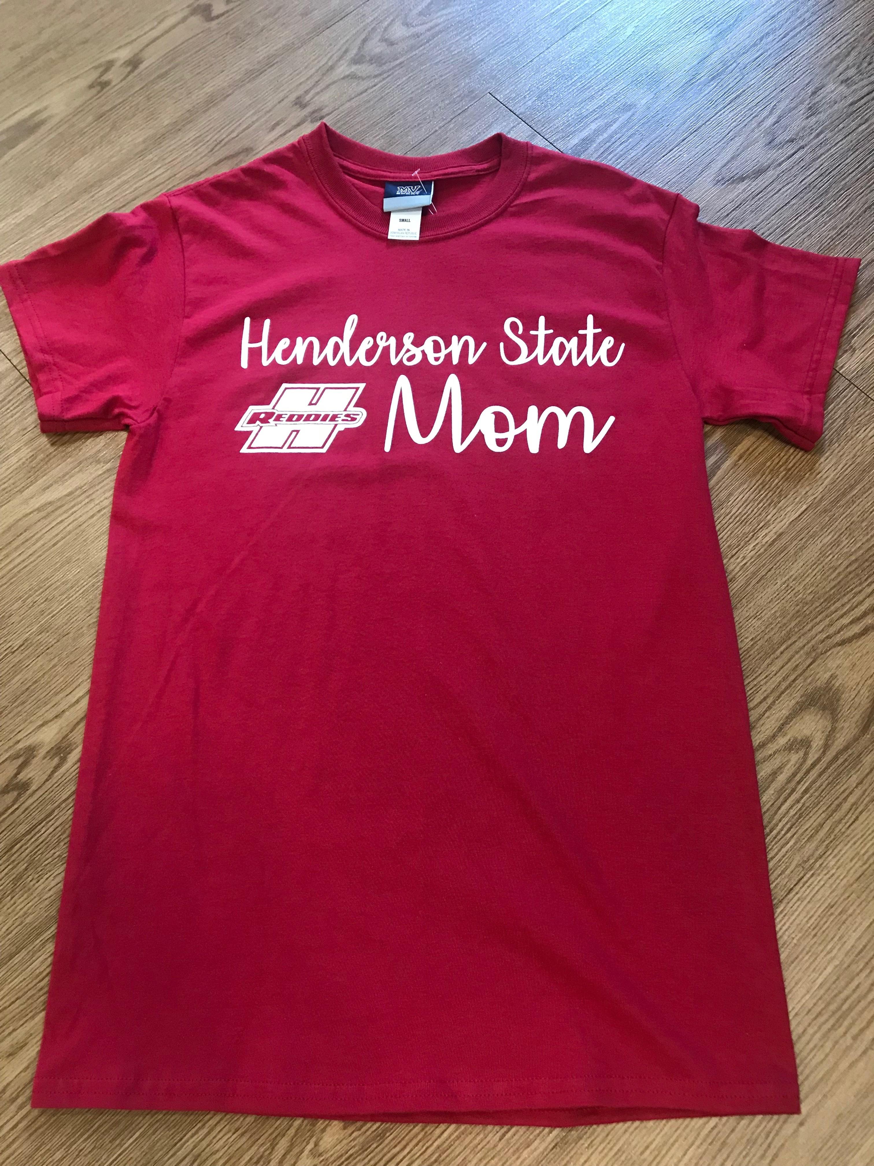 HENDERSON STATE MOM TEE