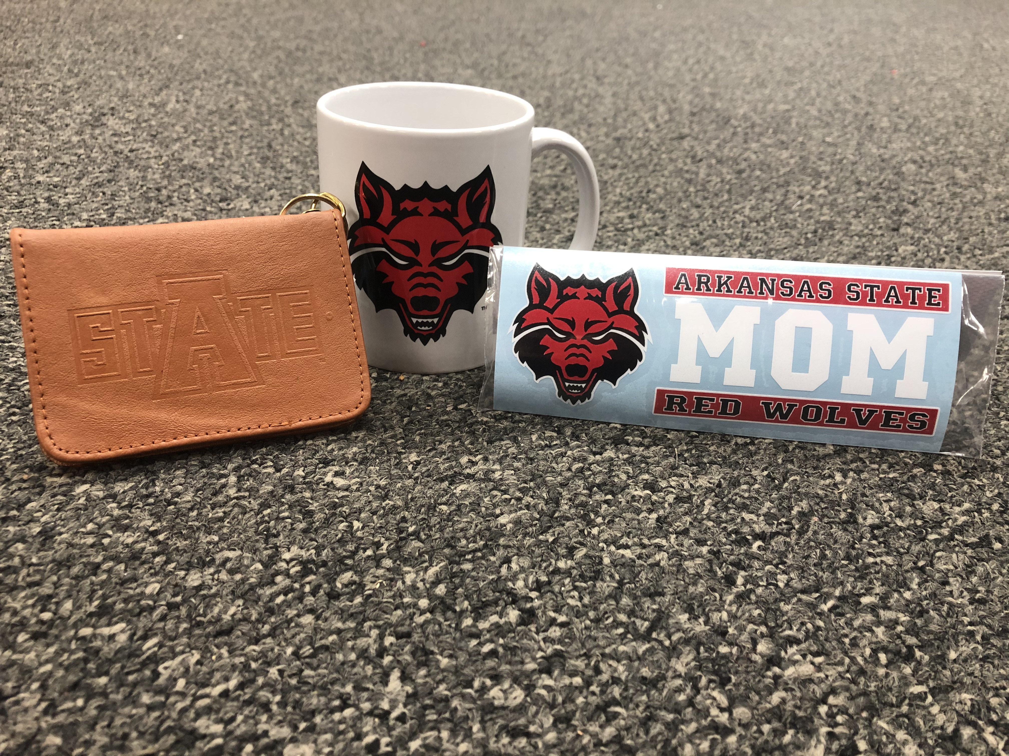 Red Wolves Mom Gift Pack #1