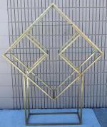 Brass Finish Geometric Shape Display Fixture With Alexandria MN