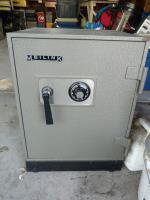 Safe $200 - Alexandria, MN  Heavy, well built safe Alexandria, MN