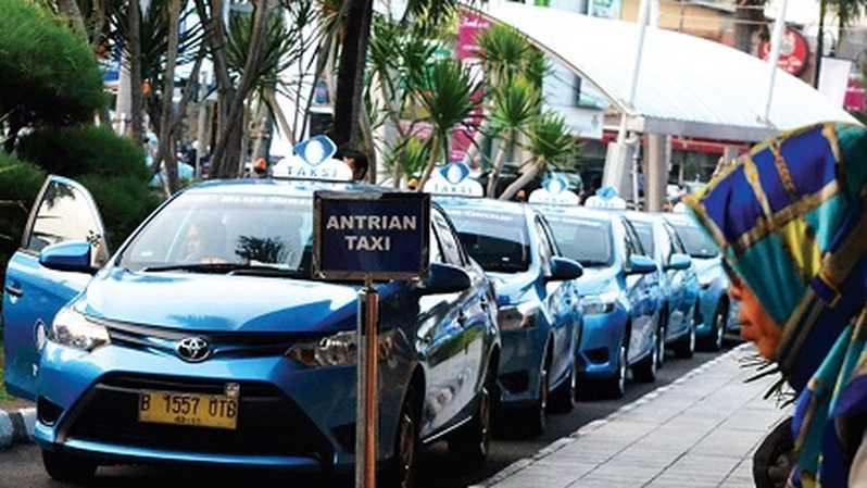 Indonesia's Gojek plans to buy 5% of Blue Bird | BEAMSTART News