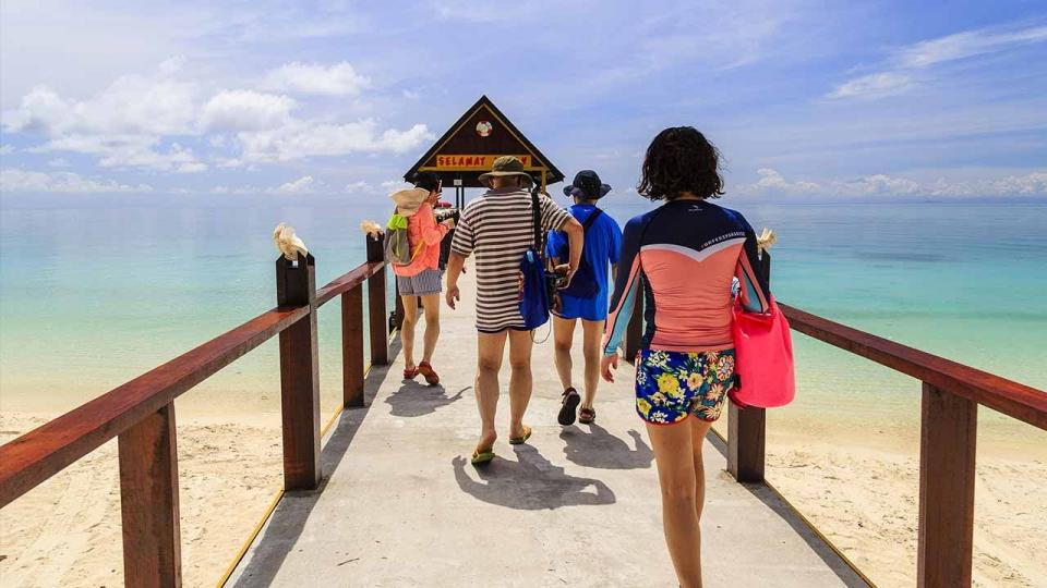 Indian and Chinese tourists will not need visa to enter Malaysia | BEAMSTART News