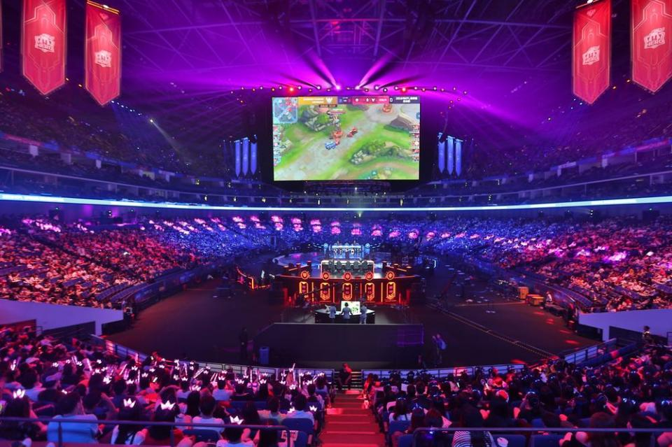 Esports continues to boom in China; Tencent invests $100m into VPSN | BEAMSTART News