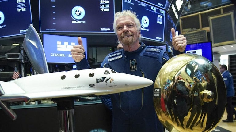 Video Inside: Richard Branson becomes first billionaire to fly to space | BEAMSTART News