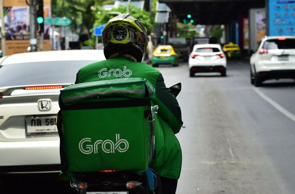 Grab raises more money to conquer Indonesia; this round its $375 million by Emtek Group | BEAMSTART News