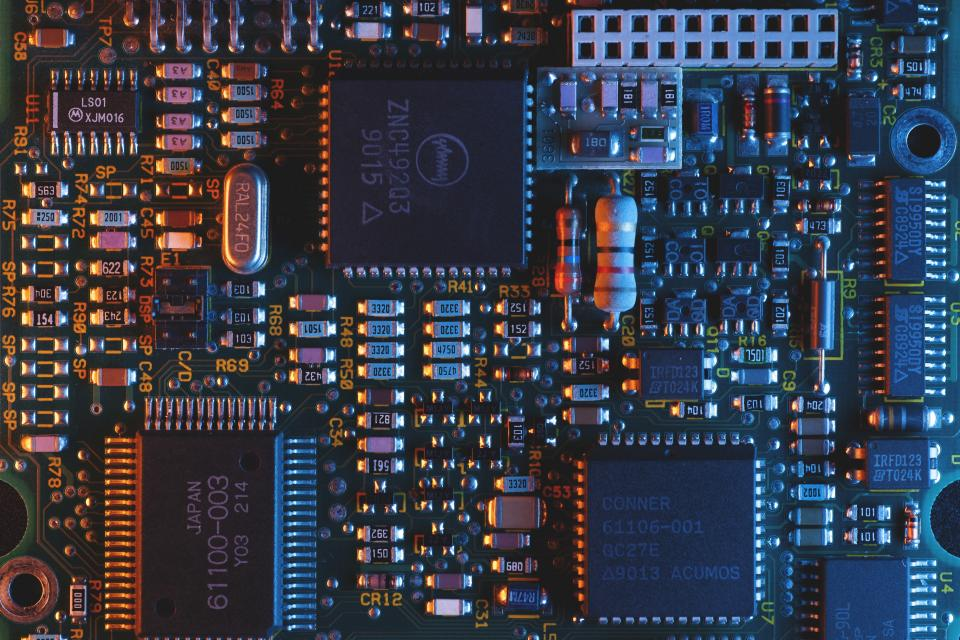 Collaboration Between Altium and AWS Pushes for More Collaboration in Electronic Design | BEAMSTART News