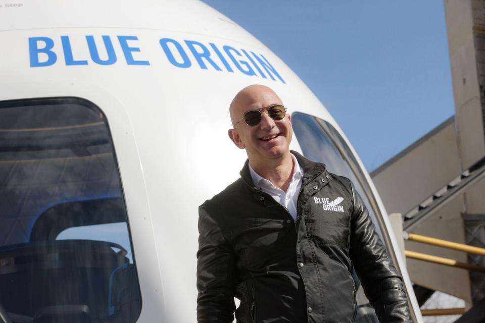 Someone paid $28 million to fly to space seated next to Jeff Bezos | BEAMSTART News