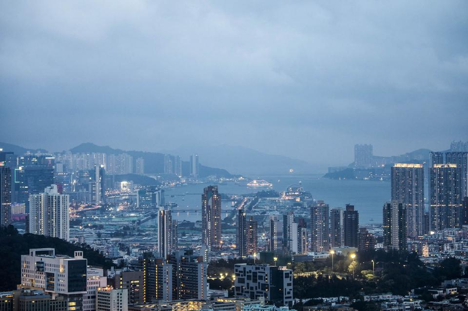Chinese Giants Are Taking Over Hong Kong | BEAMSTART News