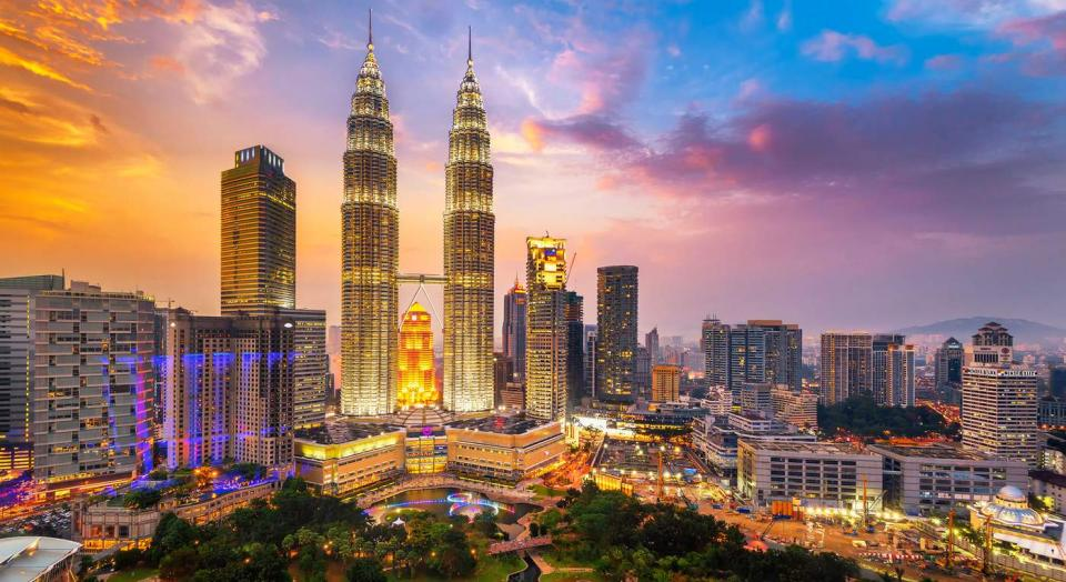 What Do Foreigners Love Most About Malaysia? | BEAMSTART News