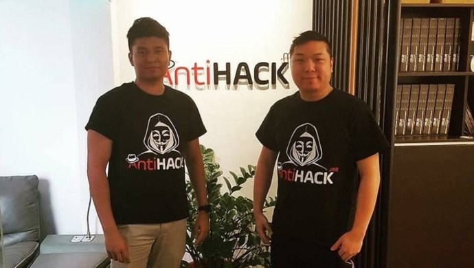 Watch this guy hack your phone at #EchelonAsia2019!