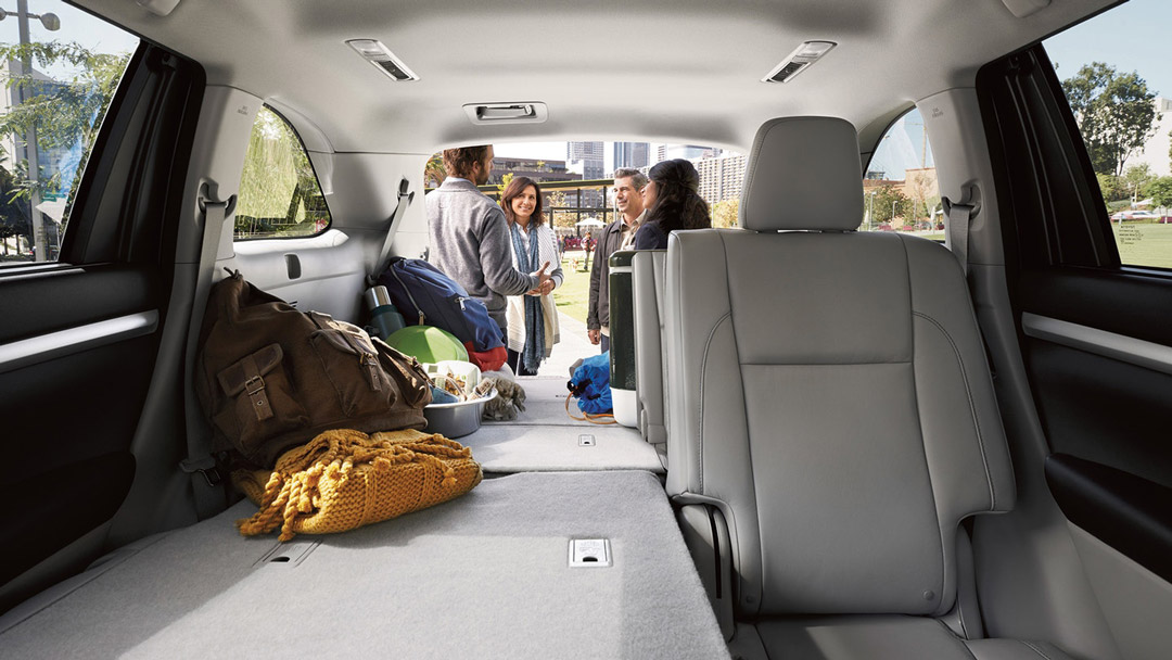 2019 Toyota Highlander Backseat space