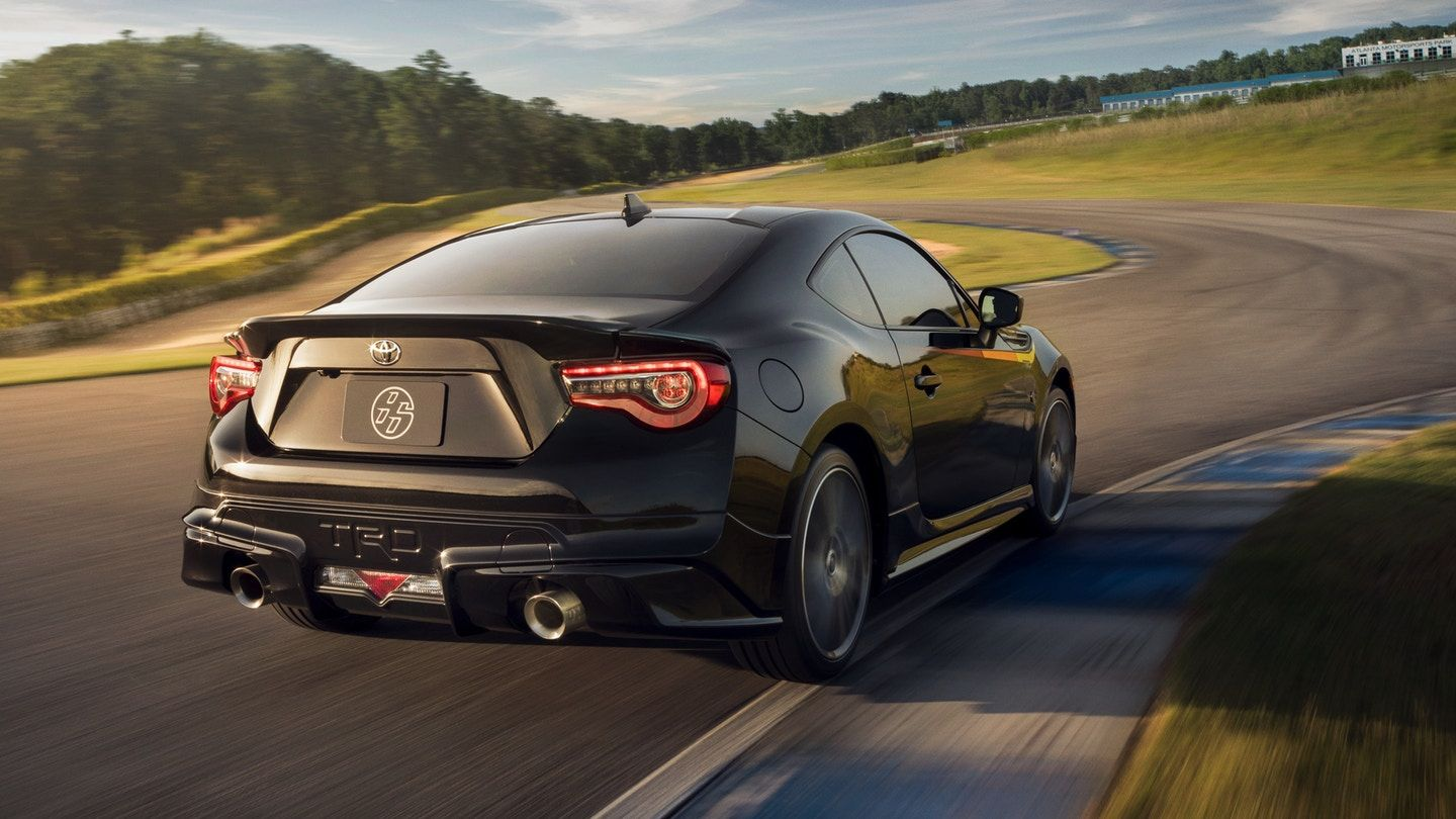 2019 Toyota 86 TRD Special Edition on track