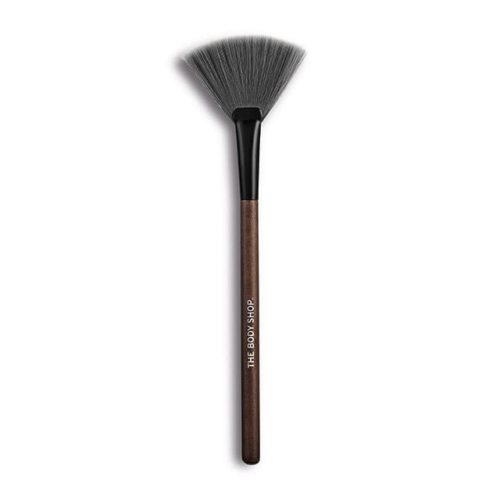 The Body Shop Fan Brush