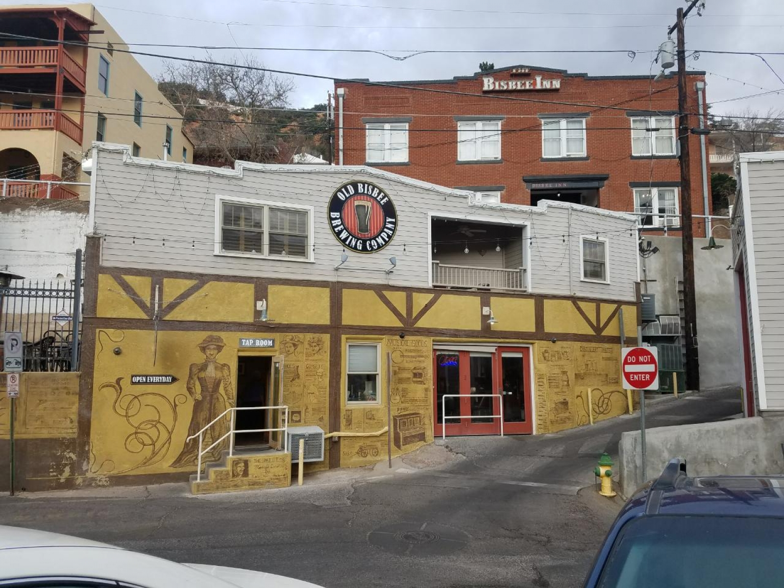 Old Bisbee Brewery tap house