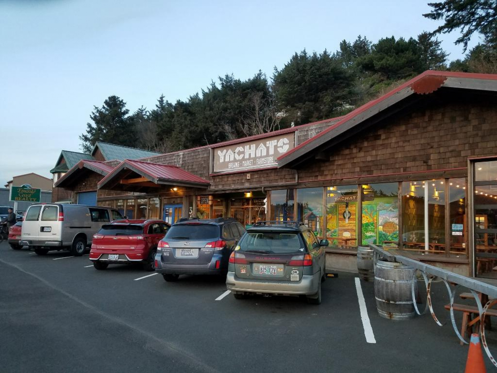 Yachats parking & entry