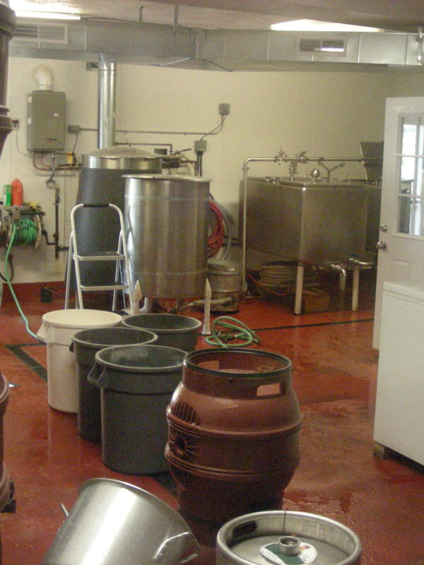 Brewing area and kettle