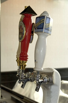 ICE COLD beer taps