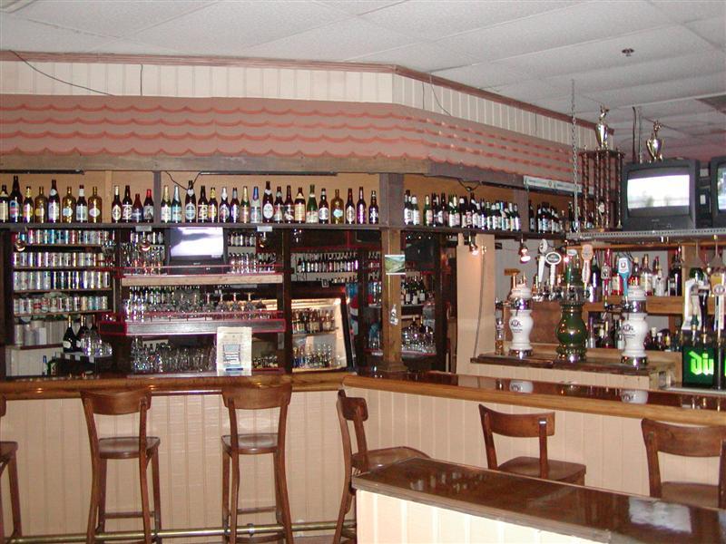Taps & bar