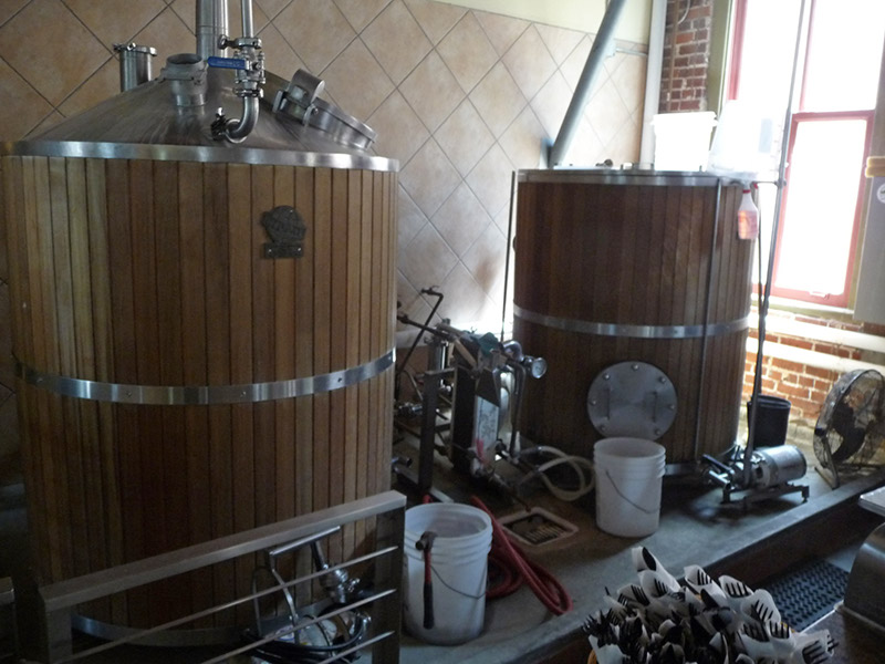 The mash tun and brew kettle
