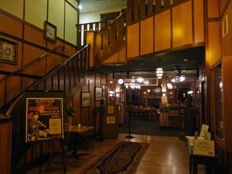 The entry hallway leading to the main bar and restaurant