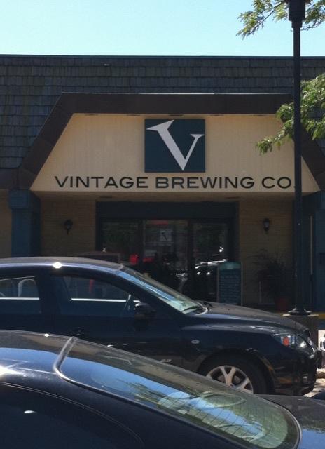 Vintage Brewing entrance