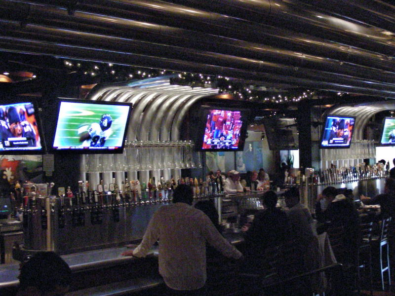 Central bar and taps