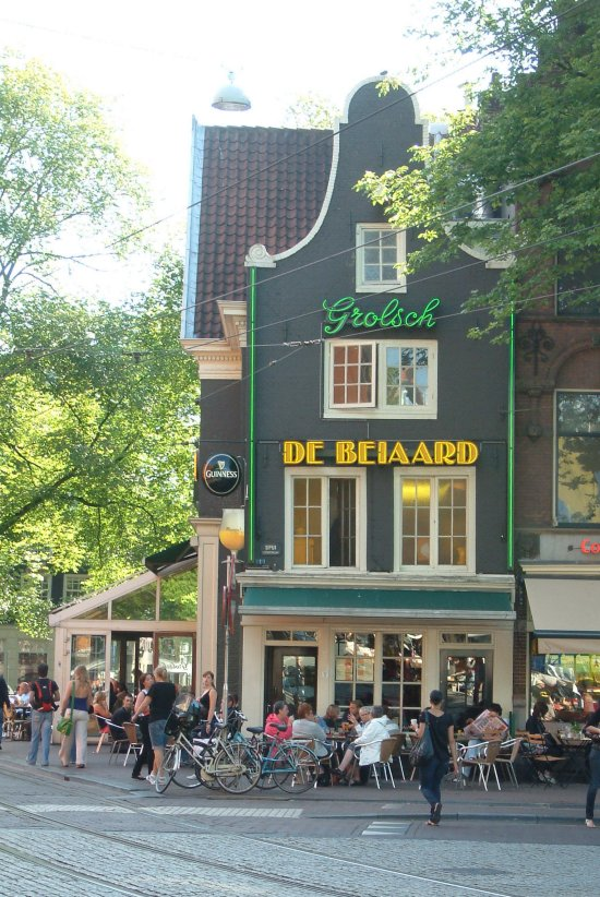 Something of a hub: out front at De Beiaard