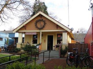 Lompoc Hedge House