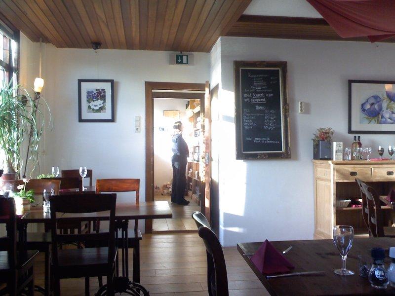 Front dining room at De Molen