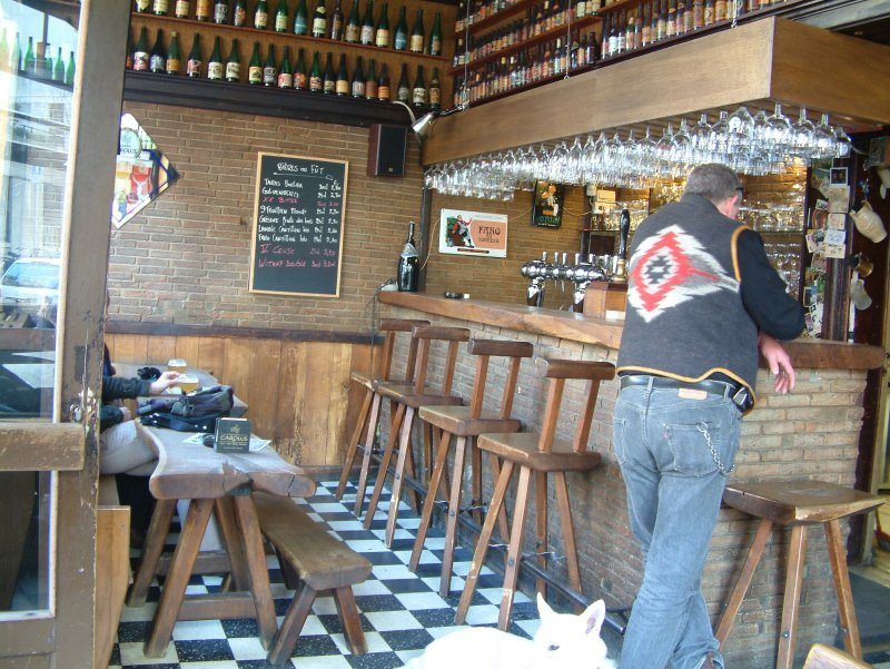 What'll it be?: Sunday afternoon at Chez Moeder Lambic