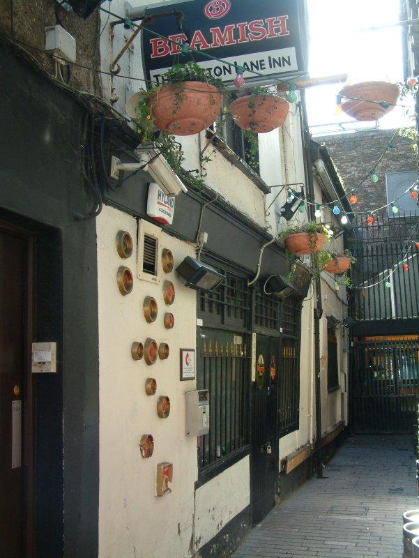 Ale alley: outside Mutton Lane