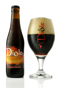 Diôle Brune beer
