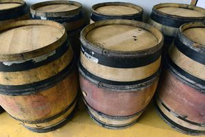 Brewing process, barrel aging