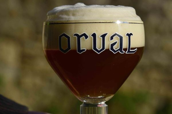 Orval chalice, full-headed